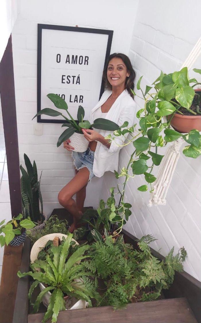 Pandemia levou Rachel Leão a investir na sua grande paixão: as plantas - (Foto: Arquivo pessoal)