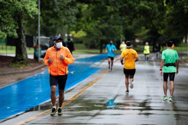 Exercícios aeróbicos estimulam as atividades cerebrais - (Foto: Folhapress - 10.10.2020)
