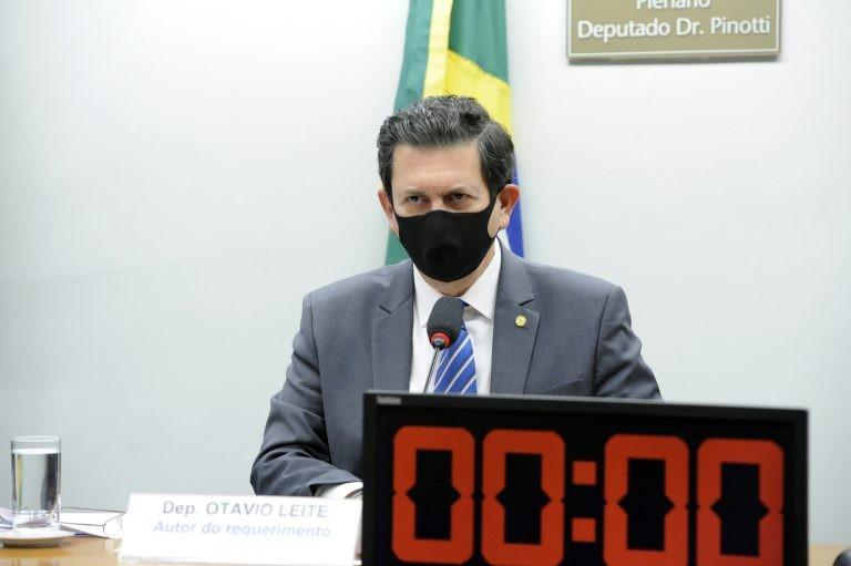 Otavio Leite: poder público deve facilitar o acesso a tecnologias assistivas - (Foto: Gustavo Sales/Câmara dos Deputados)