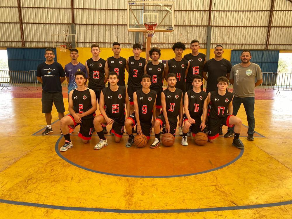 Colégio Objetivo de Rio Brilhante é campeão no estadual de basquetebol sub-17 masculino