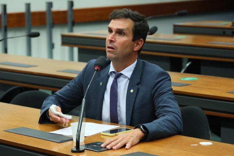Luiz Lima: o desporto militar e o esporte master não estão no Sistema Nacional do Desporto - (Foto: Cleia Viana/Câmara dos Deputados)