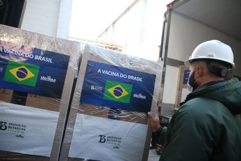 CoronaVac, do Instituto Butantan, é a principal vacina brasileira no momento - (Foto: Governo do Estado de São Paulo - 07.04.2021)