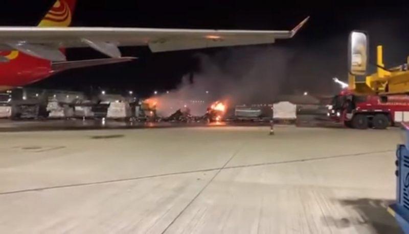 Bombeiros chegaram ao local 40 minutos depois; ninguém ficou ferido - (Foto: Reprodução: YouTube)