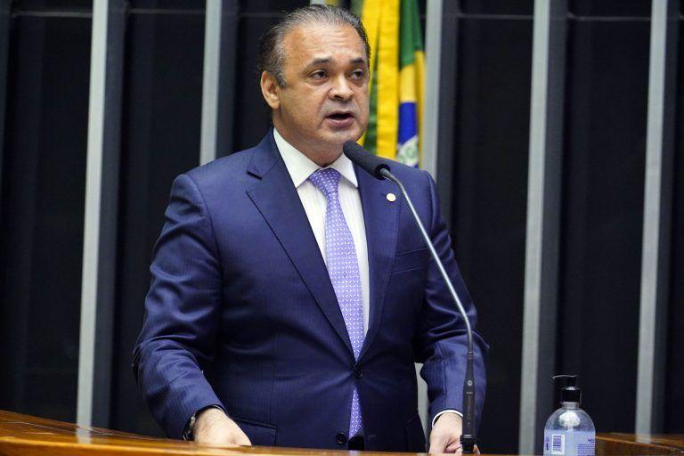 Deputado Roberto de Lucena, autor do projeto - (Foto: Pablo Valadares/Câmara dos Deputados)