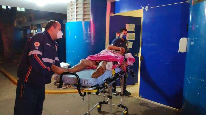 Vítima foi socorrida e enviada para o Hospital da Vida. Osvaldo Duarte/Ddos News