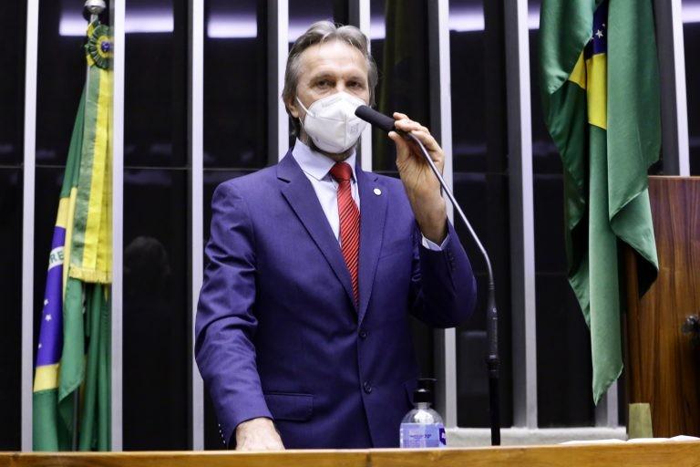 Uczai recomendou a aprovação do texto - (Foto: Cleia Viana/Câmara dos Deputados)