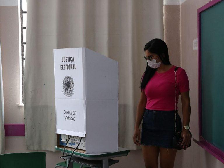 Relatora ampliou debate para outros temas da reforma eleitoral - (Foto: Rovena Rosa/Agência Brasil)