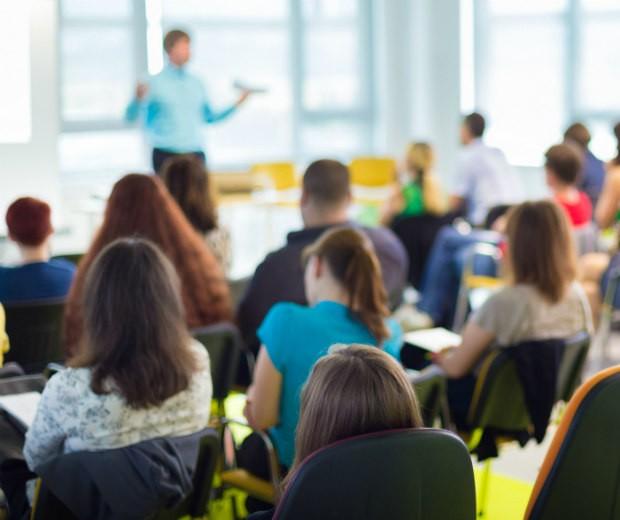 Programa de Monitoria está com as inscrições abertas para alunos que desejam ingressar na universidade - (Foto: Mundo Vestibular)