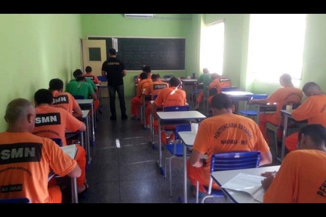 Aproximadamente 1,2 mil detentos realizam Enem em Mato Grosso do Sul