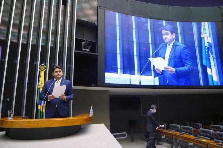 O deputado Juscelino Filho, relator da LDO - (Foto: Pablo Valadares/Câmara dos Deputados)