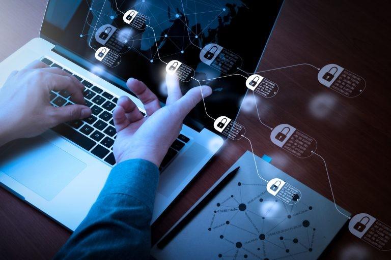 O acordo define as medidas que cada país deve tomar para combater os crimes cibernéticos - (Foto: DepositPhotos)