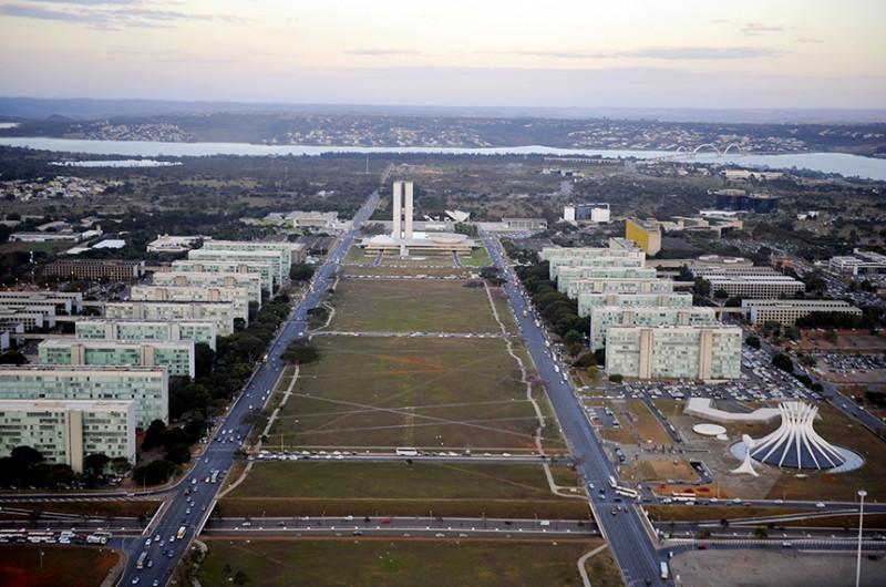 A Esplanada dos Ministérios concentra parte dos servidores federais em Brasília - Ana Volpe/Agência Senado